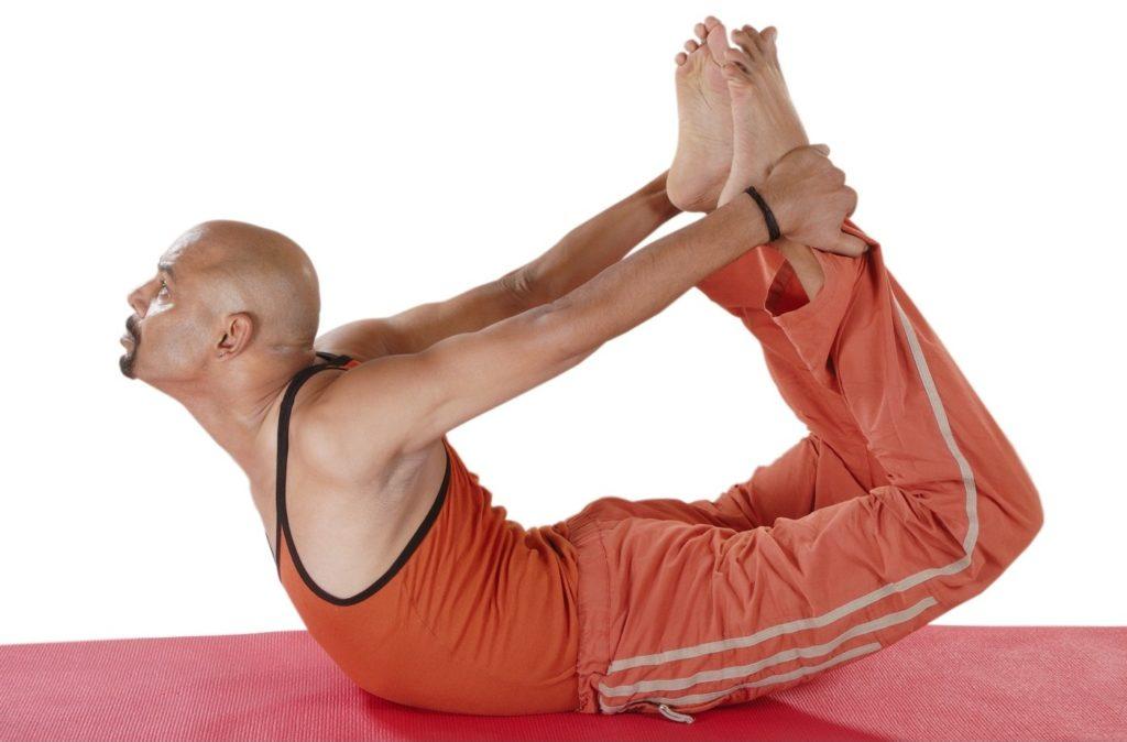 поза лука в йоге